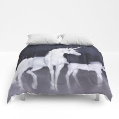 SOLD! Thxz to the buyer :D Our comforters are cozy, lightweight pieces of sleep heaven. Designs are printed onto 100% microfiber polyester fabric for brilliant images and a soft, premium touch. Lined with fluffy polyfill and available in king, queen and full sizes. Machine washable with cold water gentle cycle and mild detergent.