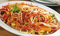 http://mdemulher.abril.com.br/culinaria/fotos/especiais/macarrao-receitas-seu-almoco-especial-551274.shtml#1 30 receitas deliciosas de macarrão para deixar seu almoço especial - Culinária - MdeMulher - Ed. Abril