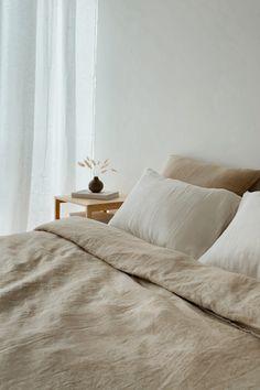Earthy Bedroom, Natural Bedroom, Linen Bedroom, Home Bedroom, Bedroom Decor, Linen Bedding, Linen Couch, Sheets Bedding, Linen Bed Sheets