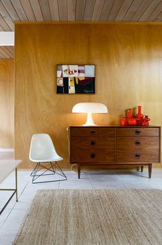 Mid-century modern at its best. Like carpet.