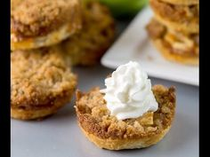 Mini Apple Pies with Streusel Topping Recipe
