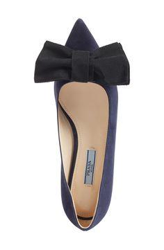 Bow Pointy Toe Flat (Women)