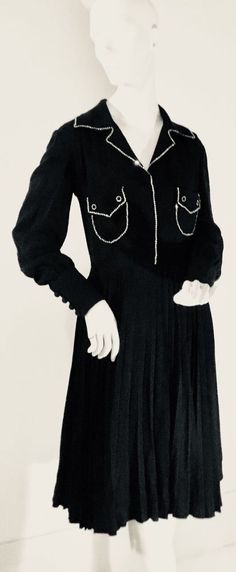 Divine! Vintage 70s Black Crepe, Big Collar, Diamante stud Glam Rock Dress 10 Vintage 70s, Vintage Ladies, Glam Rock, Collars, Vintage Outfits, Chic, Clothing, Accessories, Shoes