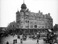 The Elephant and Castle Tavern, Southwark, London c 1890