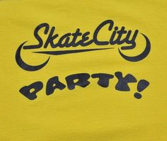 Men's Skate City Skateboarding T-Shirt Size Large Yellow 100% Cotton EUC  #FruitoftheLoom #GraphicTee