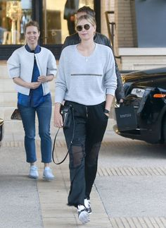 Maria Sharapova #MariaSharapova Shopping at Barneys New York in Beverly Hills 03/04/2017 Celebstills Maria Sharapova