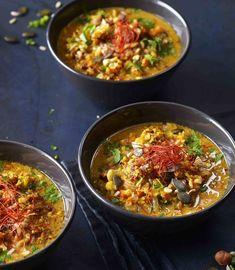 Pečená pikantní květáková polévka , Foto: Marek Kučera Curry, Ethnic Recipes, Food, Red Peppers, Meal, Essen, Hoods, Curries, Meals