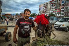 Iberian Peninsula, Slums, Central Europe, Eastern Europe, Videos, Gypsy, Russia, Dreadlocks, Culture