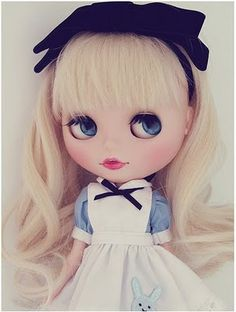 The Blythe Doll is still hugely popular over in Japan and Asia. Some people have their very own custom made Blythe Doll (like this Alice In ...