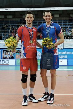 Luk :) Photo: fakelvolley.com Volleyball, Athletes, Olympics, Sporty, Activities, Men, Style, Fashion, Swag