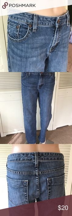 """GAP Jeans Size 6R GUC Gap Jeans size 6R. 32"""" Waist, 9"""" Rise, 31.5"""" inseam, 20"""" at hem. Great distressing at hem. No other rips, holes or stains. Ready for a new home! GAP Jeans"""