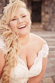 plus size wedding dresses, plus size bride Kat Roll, Sassy Mouth photography Wedding Attire, Wedding Tips, Wedding Photos, Wedding Dj, Hair Wedding, Perfect Wedding, Wedding Ceremony, Plus Size Brides, Plus Size Wedding