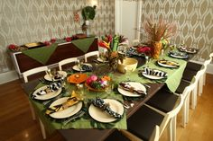 Purim Table decor, table ideas,   Kosher Recipes and Jewish Table Settings