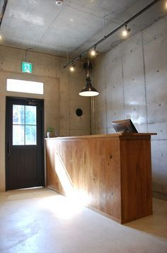 Simple Interior, Cafe Interior, Interior Design, Italian Cafe, Cafe Concept, Barbershop Design, Office Images, Cafe House, Salon Furniture
