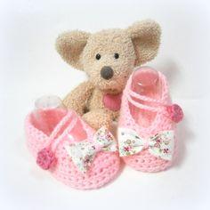 Chaussons bébé roses ballerines avec noeud en tissu style Liberty taille 3 mois Tricotmuse : Mode Bébé par tricotmuse