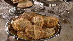 Marvposteier - Oppskrift fra TINE Kjøkken Dessert Recipes, Desserts, Christmas Traditions, Apple Pie, Sweets, Traditional, Baking, Food, Norway