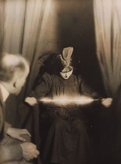 picture of a medium taken during a parlour seance