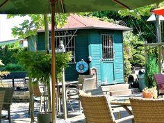 Das Café Scheideweg ist immer einen Besuch wert. Geführt von der Gefährdetenhilfe Scheideweg e.V. ist es nicht nur ein gemütliches, geschmackvolle
