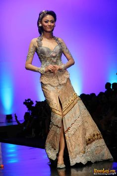 ~ Living a Beautiful Life ~ Indonesian Modern Kebaya - By Anne Avantie