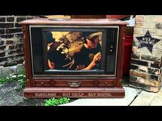 ▶ Elliott Smith - Rose Parade (from Either/Or) - YouTube