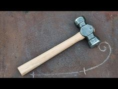This video shows how I forge my first rounding hammer, using techniques inspired by the work of blacksmith Brian Brazeal. Check out my recommended tools/gear. Forging Hammer, Forging Tools, Blacksmith Tools, Blacksmith Projects, Metal Working Tools, Backyard Pergola, Animal Heads, Knife Making, Hand Tools