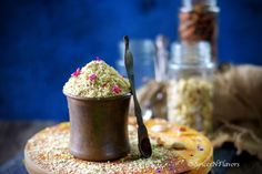 Thandai Masala powder is a spice blend made of rich dry fruits (nuts) and aromatic spices to make Thandai a cold drink made during holi and mahashivratri.