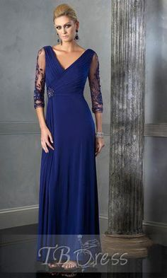 Fabulous Pleats Lace V-Neck 3/4-Sleeves Floor-Length Mother of the Bride Dresses