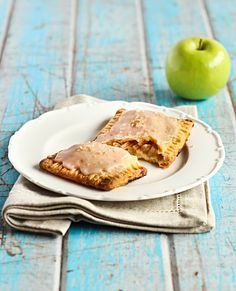 Apple Pie Pop Tarts with Cinnamon Glaze