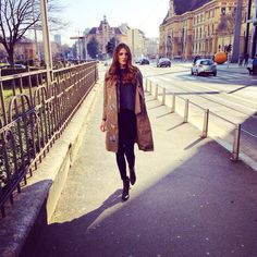 Earlier today in Zagreb ☀️#zagreb #agram #croatia #hrvatska #croazia #kroatien #street #streetstyle #sun #car #sunshine #shadow #coat #valentino #bitterflies #alexanderwang #nyc #fashion #fashionista #instafashion #blog #blogger #fashionblog #lifestyle #travel #wanderlust #tbt #follow