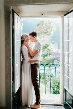 Getting married in Portugal? We show you the best wedding venues in Portugal and give you valuable tips on planning your destination wedding in Portugal. Portugal Wedding Venues, Best Wedding Venues, Wedding Styles, Destination Wedding, Wedding Planning, Wedding Ideas, Chapel Wedding, Dream Wedding, Portuguese Wedding