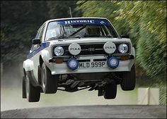 Ford Escort mark II rally car WRC old Ford, jump car