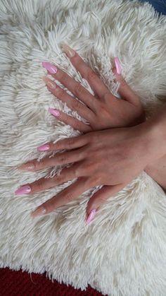 model nails:)