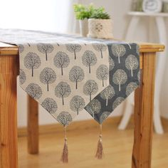 Mulberry Trees Linen Table RunnersSimple linen table runners