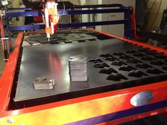 cutting out brackets with the CNC BurnTables Plasma Table Cnc Router Table, Cnc Plasma Table, Folder Design, Plasma Cutting, Cutting Tables, Machine Design, Cnc Machine, Ping Pong Table, Robotics