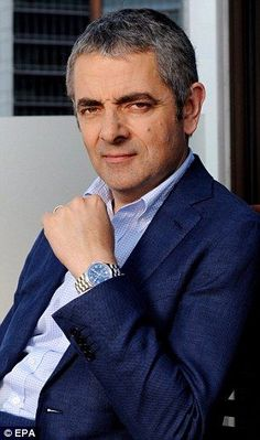 'Do I really have a comic face?': Rowan Atkinson reveals he doesn't believe in his ability to do physical comedy Ich habe Rowan Atkinson bei einem Besuch in Fountains Abbey irgendwann in den getroffen, glaube ich. British Comedy, British Actors, Rowan, Comic Faces, Mr Bin, Mr Bean Funny, Detective, Johnny English, Physical Comedy
