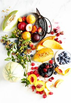 This is one fruit platter I can totally get behind!