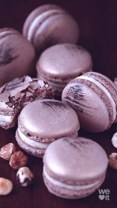 Image uploaded by Geya Shvecova. Find images and videos about beautiful, style and beauty on We Heart It - the app to get lost in what you love. Macarons, Macaroons Flavors, Pink Macaroons, Macaron Cookies, French Macaroons, Macaroon Wallpaper, Cute Food, Yummy Food, Macaroon Recipes
