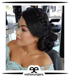 Luce con estilo y belleza con los más glamourosos recogidos ¡Destácate a donde vayas! Programa tu cita 3104444 Visítanos: Cll 10 # 58-07 Sta Anita #Peluquería #Estética #SPA #Cali #CaliCo #PeluqueríaEnCali #PeluqueríasCali #BeautyHair #BeautyLook #HairCare #Look