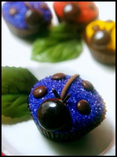 Colorful Ladybug Cupcakes | Edible Crafts | CraftGossip.com