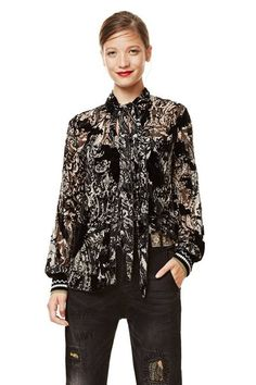 Shirt Anthea Desigual. Discover the fall-winter 2017 collection. Free shipping and returns in-store!