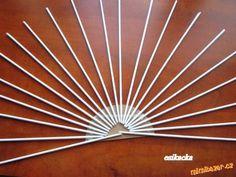 RUČNÍ PRÁCE - Vějíř pletený z papíru