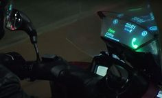 TRICITY @YAMAHA #MOTORCYCLE #SMART WINDSHIELD BY @SAMSUNG