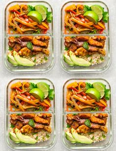 What is Keto Sheet Pan Chicken Fajitas – a quick, simple and tasty one pan meal perfect for busy weeknights. Best of all, ready in about 30 minutes with minimal clean-up. Low Carb Lunch, Lunch Meal Prep, Healthy Meal Prep, Keto Meal, Keto Lunch Ideas, Lunch Recipes, Healthy Recipes, Cheap Clean Eating, Clean Eating Snacks