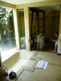 sunken bathtub w/step Bathroom Plans, Bathroom Spa, Remodel Bathroom, Bathroom Ideas, Wet Rooms, Cool Rooms, Sunken Bathtub, Bathroom Design Inspiration, Dream Bath