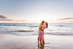 Waikoloa Engagement Photography | Big Island Hawaii Honeymoon Couples Photographer | Sunset Beach Engagement Photography at Hapuna Beach, Hawaii | Get more inspiration from this dreamy, romantic, lifestyle honeymoon couples photography session.     #hawaiiengagementphotography #couplesphotography #waikoloaphotographer    Source: Wilde Sparrow Photography Co. Photo Poses For Couples, Couple Picture Poses, Honeymoon Vacations, Hawaii Honeymoon, Couple Photography Poses, Engagement Photography, Beach Engagement Photos, Big Island Hawaii, Sunset Beach