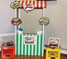 Photo Booth at a Superhero Party #superhero #partyphotos