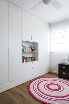 Nice 37 Attractive Wardrobe Design Ideas That You Can Try In Your Home. : Nice 37 Attractive Wardrobe Design Ideas That You Can Try In Your Home. Bedroom Cupboard Designs, Wardrobe Design Bedroom, Bedroom Cupboards, Kids Wardrobe, Built In Wardrobe, Closet Bedroom, Kids Bedroom, Bedroom Decor, Wardrobe Ideas