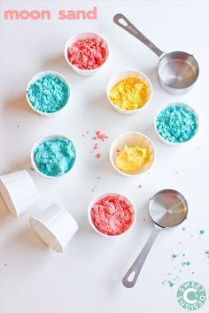 Homemade Gluten Free Moon Sand- an awesome sensory dough for little ones with allergies you can make in just a few minutes!