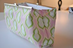 I learned how to make these fabulous clutch purses about a year ago. Thanks to Martha Stewart….I sold and still sell many on my etsy shop! But I wanted to share how you can make your own. They are super cute and great for spring!!! I made a video tutorial to make it a bit …