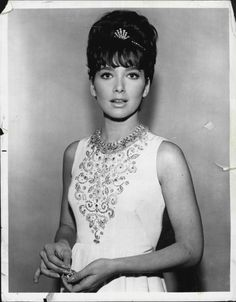 SUSAN PLESHETTE 60s dress hairstyle